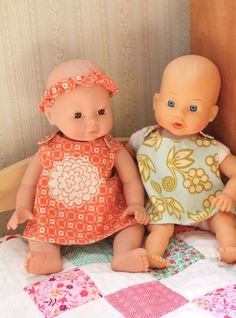 These little doll dresses are sooo cute! Def gunna make some cute clothes for avas itty bitty doll Sewing Doll Clothes, Sewing Dolls, Girl Doll Clothes, Girl Dolls, Diy Clothes, Free Clothes, Doll Dress Patterns, Baby Patterns, Clothing Patterns