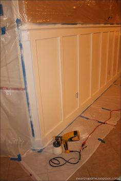 how too make wainscoting - definitely buy wood at Home Depot & have them cut!