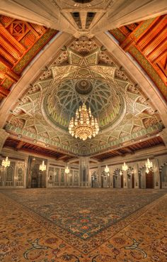 Inside Of Sultan Qaboos Grand Mosque Muscat , Oman Ancient Greek Architecture, Islamic Architecture, Gothic Architecture, Beautiful Architecture, Architecture Design, Beautiful Mosques, Beautiful Places, Sultan Qaboos Grand Mosque, Place Of Worship