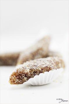 Krispie Treats, Rice Krispies, Energy Balls, Little Fashion, Healthy Sweets, Yummy Food, Yummy Recipes, Coconut, Snacks