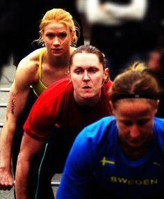 Girl in the back is my fav!