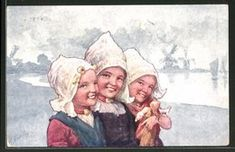 CPA Illustrateur Karl Feiertag: Drei Lächelnde Fille Avec Hauben - Feiertag, Karl