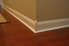 moulding blocks in base trim??? More pics at this link of floor and crown moulding blocks!
