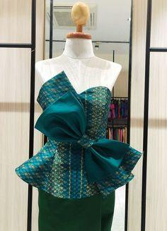 Thai Traditional Dress, African Traditional Dresses, Traditional Outfits, African Fashion Dresses, African Dress, Fashion Outfits, Emo Outfits, Dress Fashion, Filipiniana Dress