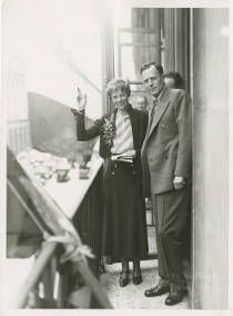 Amelia Earhart and George Palmer Putnam in Paris :: Amelia Earhart Papers (George Palmer Putnam Collection)