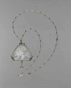 Pendant and Chain. René Lalique. Gold, enamel, glass, diamonds, ca. 1905