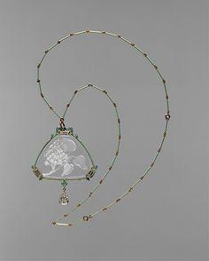 Pendant and Chain. René Lalique. Gold, enamel, glass, diamonds, ca. 1905