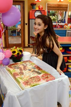 Ariana Grande Photos - Jennette McCurdy and Ariana Grande celebrated their birthdays on the set of Nickelodeon's Sam & Cat, starring Jennette McCurdy and Ariana Grande on June 26, 2013 in Los Angeles, California. - Celebs on the 'Sam & Cat' Set in LA