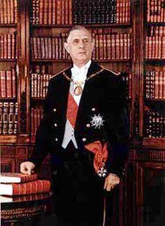 Le portrait officiel de Charles de Gaulle, président de 1959 à 1969.