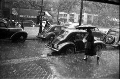 Café Le Flore vu sous la pluie, boulevard Saint-Germain  © Maurice Bonnel