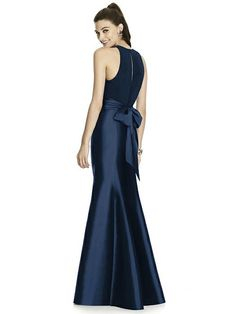 Alfred Sung style D737 http://www.dessy.com/dresses/bridesmaid/alfred-sung-style-d737/