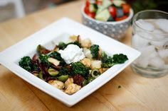 How to Make Greek Stir Fry chicken kale olives sun dried tomatoes artichok Chicken Stir Fry, Fried Chicken, Paleo Recipes, Asian Recipes, Delicious Recipes, Man Food, Vegan Foods, Sun Dried, Kale