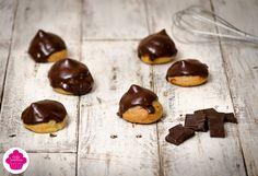 Petits choux au chocolat / Emilie Sweetness Menu, Cacao, Tupperware, Caramel, Pudding, Html, Sweet, Desserts, Food