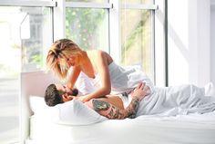 Nije svejedno kako ćete započeti dan, a ovako će sigurno početi dobro.       Iako nije važno kada i gde se vodi ljubav, jutarnji seks ima svojih prednosti i može biti zaista poseban doživljaj.    1.   #Jutarnji seks #prednosti jutarnjeg seksa #pressserbia #seks