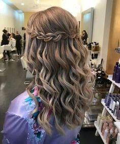 Peinados De Graduacion 2017 Fotos De Los Looks Suelto Con Ondas Y