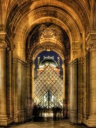 Been There. Done That. - The Louvre, Paris - #travel #honeymoon #destinationwedding