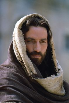 "Actor James Caviezel says, if it weren't for Medjugorje, he would have never played Christ in ""The Passion"" Jim Caviezel, Jesus Face, My Jesus, La Passion Du Christ, Jesus Coming Back, Pictures Of Christ, Church Pictures, Religious Pictures, Bible Pictures"