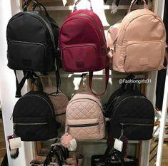 Backpacks are no longer reserved for school children. Cute Mini Backpacks, Girl Backpacks, Bags For Teens, Girls Bags, Cute Purses, Purses And Bags, Black Handbags, Leather Handbags, Fashion Bags