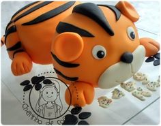 Tiger By tricia4 on CakeCentral.com