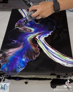 Abstract Painting Techniques, Acrylic Painting Techniques, Abstract Art Paintings, Abstract Acrylic Paintings, Easy Abstract Art, Contemporary Paintings, Acrylic Pouring Art, Diy Resin Art, Purple Painting