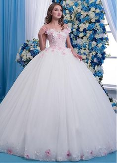 Lace Wedding Dresses, Fabulous Tulle Sheer Jewel Neckline Ball Gown Wedding Dress With Lace Appliques & Flowers & Beadings Find your personal style and the perfect wedding dress for your special wedding day Quince Dresses, Ball Dresses, Bridal Dresses, Ball Gowns, Pretty Quinceanera Dresses, Pretty Dresses, Beautiful Dresses, Wedding Dress Trends, Gown Wedding