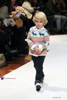 Pic © Carolina Simó www.lacasitademartina.com 📌 Petit Style Walking Madrid #Blog de #modainfantil 🇪🇸 #Spain #lacasitademartina #fashionkids #kidsfashion #kidstrends #kidswear #modaniños #kids #bebes #modabebe #baby #coolkids #moda #kidsstyle #kidsmodels #tendencias #minimodels #miniblogger #childrensfashion #modabambini #kidsfashionblog