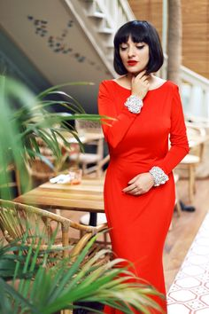 A DIFFERENT KIND OF LOVE Different Kinds Of Love, Dresses With Sleeves, Lady, Long Sleeve, Beauty, Fashion, Moda, Sleeve Dresses, Long Dress Patterns
