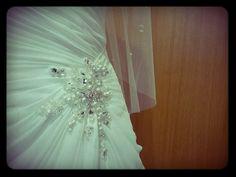 Detalhes... num vestido de noiva...