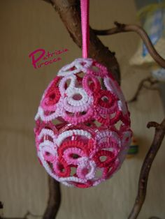tatting: Easter egg