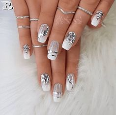Makeup Nails Designs Makeup Nails Designs Manicure nude beige glitter, taupe nail women nail art natural Source with Unique Fashion Nails Picture Credit Cute Summer Nail Designs, Cute Summer Nails, Nail Summer, Popular Nail Designs, Nail Art Designs, Glitter Nail Designs, Navy Blue Nail Designs, Silver Nail Designs, Latest Nail Designs