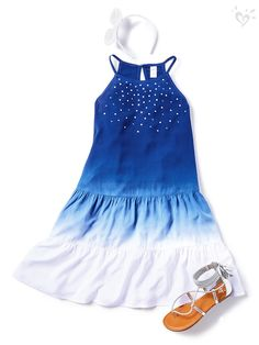 Star-studded style for a true blue fashionista. Cute Comfy Outfits, Cute Girl Outfits, Cute Summer Outfits, New Outfits, Kids Outfits, Cool Outfits, Girls Fashion Clothes, Tween Fashion, Girl Fashion
