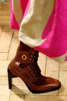 cec8f5a57ec52 18 fantastiche immagini su stivali casual