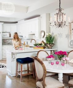 interior-elegant-pink-kitchen.jpg
