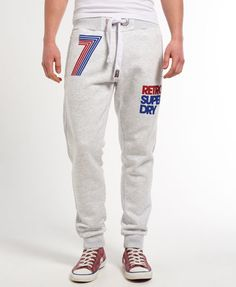 Keep it casual with the Superdry range of mens joggers. Slim Joggers, Cuffed Joggers, Joggers Outfit, Jogger Shorts, Mens Sweatpants, Grey Joggers, D Mark, Track Pants Mens, Outfits