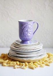 what a pretty coffee mug...i dont have enough pretty dishes!
