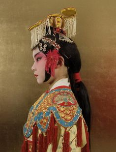 Chinese opera is an other famous thing of China.