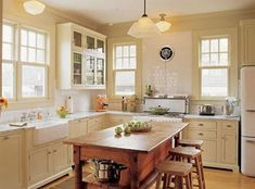 Country Style Kitchens with white appliances and off-white Cabinets - Kitchens Forum - GardenWeb Cream Kitchen Cabinets, Off White Cabinets, White Kitchen Appliances, Kitchen Cabinet Colors, Kitchen Colors, Kitchen Layout, Retro Appliances, Ivory Cabinets, Yellow Cabinets