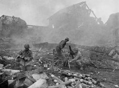"""""""Green Hell"""".The Battle of the Hürtgen Forest - 2nd Battalion 22nd Infantry 81mm mortar team in action in Grosshau, December 1, 1944"""