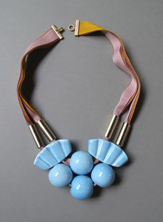 "MARION VIDAL ""LADY"" ceramic necklace CHARIOTS ON FIRE"