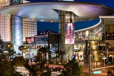 The Fashion Show [Las Vegas, NV] #LasVegas #shopping