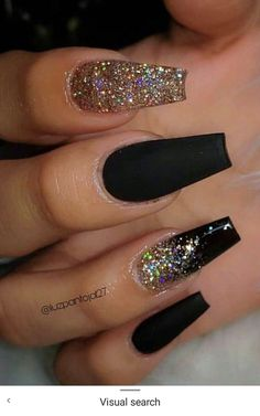 The Most Beautiful Black Winter Nails Ideas Here are some cute winter nail designs between black and silver glitter nails, black and gold glitter nails, and black marble nails designs. Black Marble Nails, Black Gold Nails, Silver Glitter Nails, Gold Gold, Nail Black, Golden Glitter, Cute Black Nails, Black Coffin Nails, Glitter Nail Art