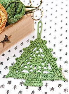 Christmas-tree-ornament - Free Pattern