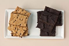 chocolate chip blondies.. and chocolate chip brownies.. with BEANS :)