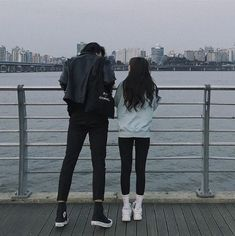 """""""He tells me he can and will throw me into the ocean at any given chance. Cute Relationship Goals, Cute Relationships, Ulzzang Couple, Ulzzang Girl, Best Friend Pictures, Couple Pictures, Cute Couples Goals, Couple Goals, Cute Korean"""