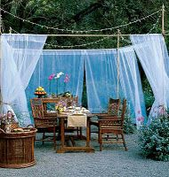 outdoor terrace. i really love this whimsical look.