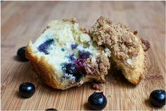 Barefoot Contessa: Blueberry streusel muffins