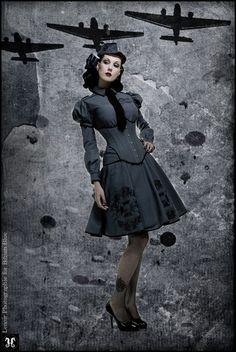 Retro Fashion Airplanes.  Love the dress