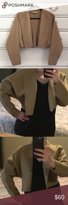 Michael Kors Tan Blazer Tan Michael Kors cropped blazer. Size XS, should fit a size 2-4. THE FIT IN THE ARMS IN MEANT TO BE BAGGY, NOT FITTED! SEE MODELING PICS! Excellent Condition! Let me know if you have any questions! ✅ I LOVE OFFERS ✅ 💜INSTAGRAM: @ocaputostyle Michael Kors Jackets & Coats Blazers