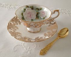 Rosina - Lovely Vintage Queen's Tea by TheEclecticAvenue
