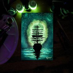 Crisco Art creates paintings that come alive when the lights go out.
